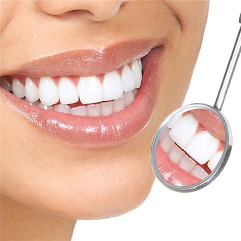 Răng sứ Venus Mỹ bảo hành 10 năm tại Nha Khoa Vip Lap 3 cơ sở