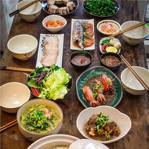Toàn menu món ngon, thức uống Miền Trung - Cô Quyên Xứ Quảng