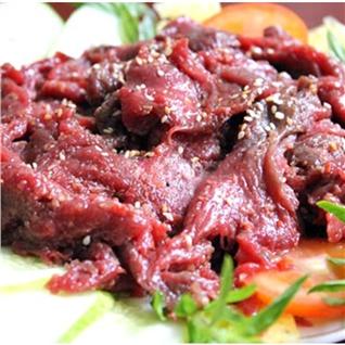 Cùng Mua - Thit nai tuoi uop san (1kg) kem nuoc cham - Kim Phung (HN)