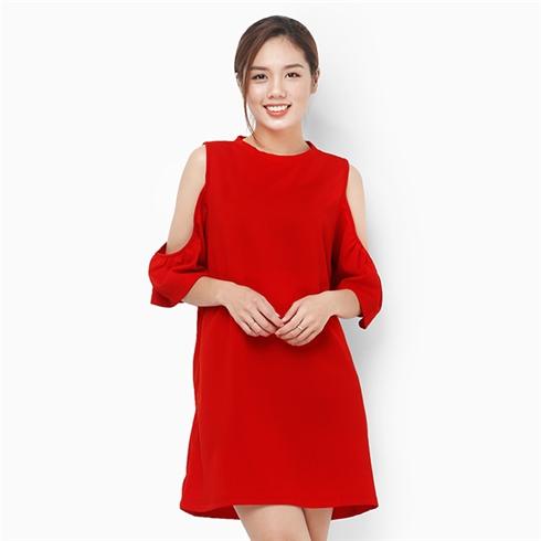 Đầm rớt vai cổ tròn màu đỏ
