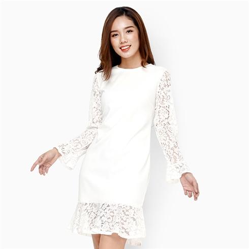 Đầm suông đuôi cá phối ren tay dài duyên dáng màu trắng
