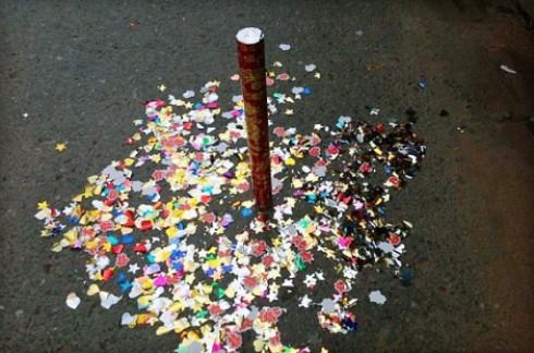 Ống bắn hoa giấy:đủ màu đón xuân chỉ 58.000đ/cặp cho giá thị trường 90.000đ