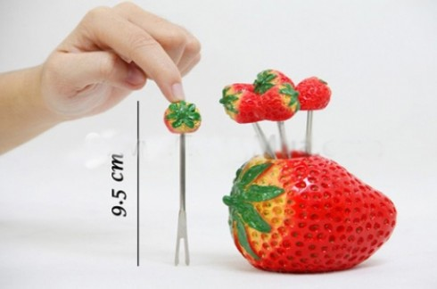 combo gồm 2 bộ nĩa xiên hình trái cây:cho bàn ăn thêm sinh động và hấp dẫn