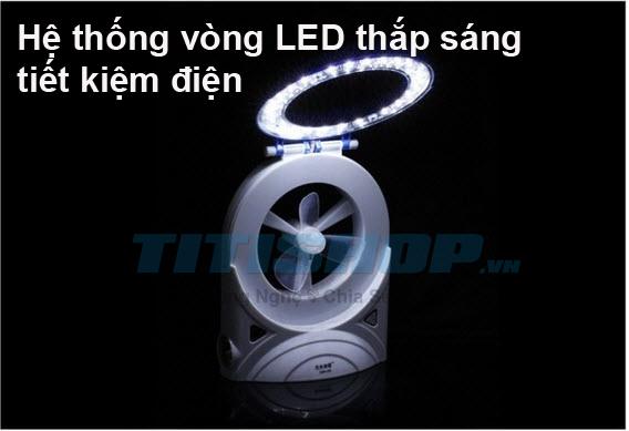 Quạt sạc mini đa năng 3 IN 1 LỚN 2014 : Gồm đen pin + Quạt mát + đèn led để bàn Quạt sạc mini đa năngCông dụng lớn với nguồn pin sử dụng tối đa Với thiết kế mới lạ cánh dày quạt mạnh