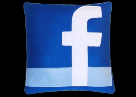 Gối tưạ lưng facebook,youtube,..