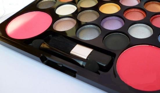 Bộ Phấn Mắt Dior 22 Màu,