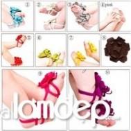 SANDAL EM BÉ 2012 TOPBABY - Kiểu dáng dễ thương kết bông hoa xinh xắn. Chất liệu vải cotton mềm mịn không làm đau đôi chân của bé.