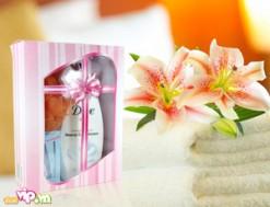 Bộ Sản Phẩm Sữa Tắm DOVE Beauty Care Shower 500ml Của Đức + Bông Tắm + 02 Khăn Mùi Xoa Mang Lại Cho Bạn Làn Da Trắng Mịn Màng Giá 85.000VND Giảm 50% So Với Giá Gốc 170.000VND Chỉ Có Tại Dealvip.vn