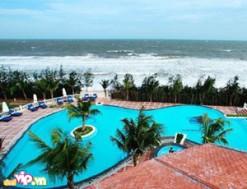 Tận Hưởng Kỳ Nghỉ Thú Vị 2 Ngày 1 Đêm + 1 set menu hải sảnTại Golden Coast Resort & Spa Phan Thiết đạt chuẩn 4 sao Với Voucher 1.390.000VND Giảm 63% So Với Giá Gốc 3.720.000VND Chỉ Có tại Dealvip.vn
