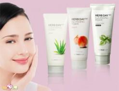 Sữa Rửa Mặt Herb Day 365 Cleansing The Face Shop Làm Sạch Bụi Bẩn Và Tạp Chất Dành Cho Mọi Loại Da Giá 78.000VND Giảm 51% So Với Giá Gốc 160.000VND Chỉ Có Tại Dealvip.vn