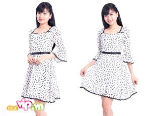 Deal Vip - Style Duyen Dang Nu Tinh Noi Cong So Cung Dam Voan Hoa Tiet Buom Xinh Xan. Gia 135.000VND Chi Co tai Dealvip.vn