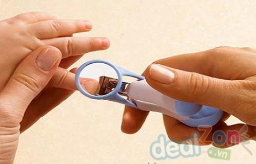 DZ327 - Dụng cụ cắt móng có kính lúp USA
