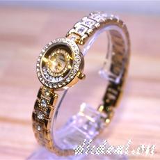 Đồng hồ nữ Cartier Quartz mặt tròn - mặt đồng hồ cẩn xà cừ cực đẹp, chiếc đồng hồ nhỏ xinh với đá Ciramic bao quanh càng tôn thêm vẻ sang trọng cho người đeo.ID748