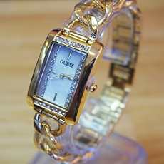 DH Deal - Dong ho lac tay nu Guess gold can xa cu - ID1662