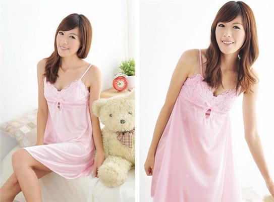 Váy ngủ voan 2 dây mới hồng nhạt
