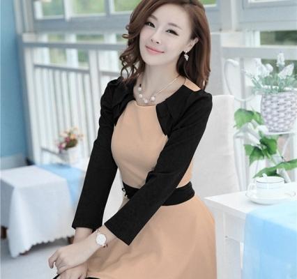 Đầm sành điệu phối màu kem-