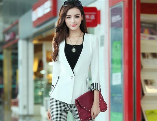 Áo vest phối sọc Liz màu trắng-
