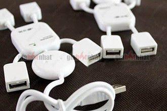 Giá Hot Nhất - HUB USB 4 CONG HINH ROBOT (MS: 8075) nho gon, tien loi, giup ban co them vi tri gan thiet bi USB