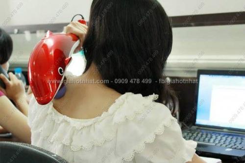 Giá Hot Nhất - MAY MASSAGE CA HEO CAM TAY CO LON (MS: 6312)