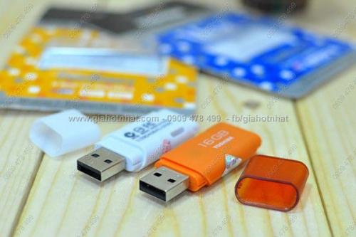 Giá Hot Nhất - USB 16GB CHINH HANG TOSHIBA (MS: 8255)