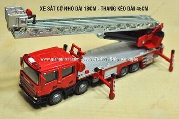 Giá Hot Nhất - MS: 9488 - XE MO HINH SAT TI LE 1/50 -18CM - XE CUU HOA THANG XEP - KDW