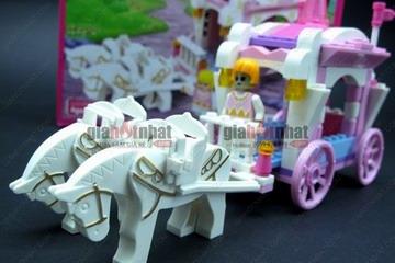 Giá Hot Nhất - MS : 9032 - HOP LAP RAP KIEU LEGO XE TUAN MA VA HOANG TU - cho be luon song lai giac mo co tich