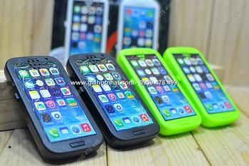 Giá Hot Nhất - MS: 9056 - COMBO 2 BO DAM KIEU DANG SMARTPHONE CHO BE - Dung pin tieu thong thuong AA