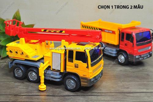 Giá Hot Nhất - XE CONG TRINH CHAY PIN (MS : 9171) - chon 1 trong 3 mau xe dep, chat lieu nhua ABS an toan