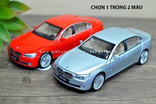 Giá Hot Nhất - MS: 9644 - XE MO HINH SAT TI LE 1/32 - BMW 760I
