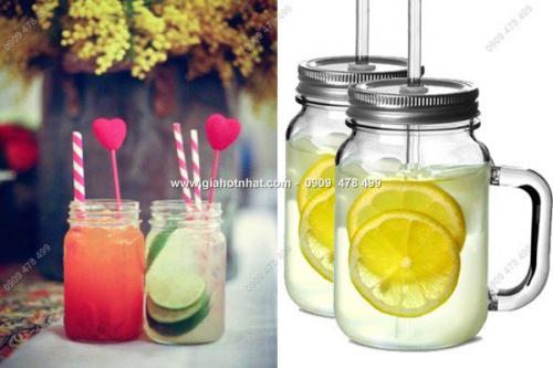 MS: 6550 - COMBO 2 LY THỦY TINH NẮP KIM LOẠI CÓ QUAI VUÔNG - thêm hấp dẫn món thức uống ngon lành