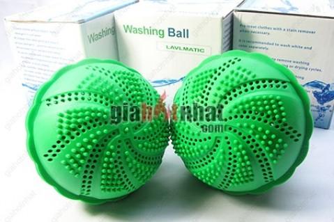 Banh giặt sinh học Washing Ball giúp các bà nội trợ giặt sạch quần áo mà không...