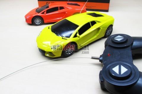 Xe điều khiển từ xa Lamborghini, thân sắt kiểu dáng bắt mắt, sang trọng, hiện...