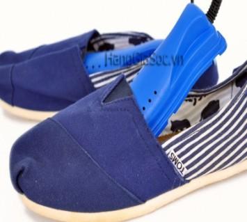 Máy sấy giày