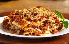Thưởng Thức Set Menu Gồm: Lasagne, Đùi Gà Jamaica Ăn Kèm Khoai Tây Chiên, Salad Kiểu Pháp Tại Nhà Hàng Dijon's Pizza. Voucher 266.000 VNĐ, Còn 139.000 VNĐ, Giảm 48%.