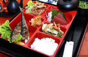 Thưởng Thức Tinh Hoa Ẩm Thực Nhật Bản Với 1 Trong 4 Set Menu Các Món Ăn Thơm Ngon, Hấp Dẫn Tại Nhà Hàng Sushi Sashimi Hana. Voucher 160.000 VNĐ, Còn 85.000 VNĐ, Giảm 47%.
