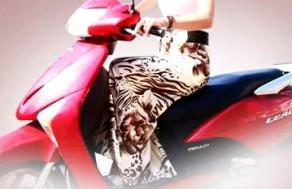 Váy Chống Nắng Mina – Chất Liệu Vải Satanh Mát Lạnh, Chống Tia UV - Bảo Vệ Đôi Chân Khỏi Ánh Nắng Gắt Khi Ra Đường. Giá 174.000 VNĐ, Còn 87.000 VNĐ, Giảm 50%.