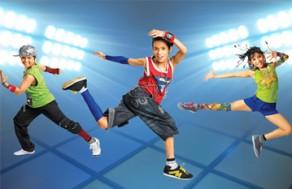 Giúp Bé Rèn Luyện Sức Khỏe Và Phát Triển Năng Khiếu Cùng Các Khóa Học Nhảy Múa Dành Cho Trẻ Em – Kid Dance Program Tại Bước Nhảy Xanh. Voucher 400.000 VNĐ, Còn 99.000 VNĐ, Giảm 75 %.
