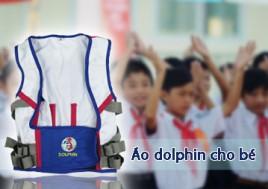 Áo Dolphin 3 Trong 1 – Bảo Vệ Bé Khi Ngồi Học: Chống Cận Thị, Chống Gù Lưng Và Cong Vẹo Cột Sống. Sản Phẩm Trị Giá 270.000Đ Chỉ Còn 135.000Đ, Giảm 50% Tại