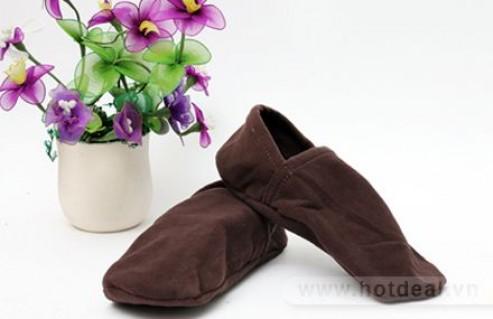 Bảo Vệ Đôi Chân Của Các Thành Viên Trong Gia Đình Trong Mùa Đông Lạnh Giá Với Combo 02 Đôi Giày Vải Đi Trong Nhà (Chất Liệu Cotton Lót Nỉ Ấm Áp, Mềm Mại). Sản Phẩm Trị Giá 80.000Đ Chỉ Còn 49.000Đ, Giảm 39% Tại - 1 - Ăn Uống