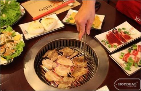 Thưởng Thức Buffet Nướng Và Lẩu Theo Phong Cách Nhật - Hàn Tại Nhà Hàng KUMBO Với Gần 100 Món Thơm Ngon Hấp Dẫn. Voucher 330.000Đ Giảm 43% Chỉ Còn 189.000Đ Tại