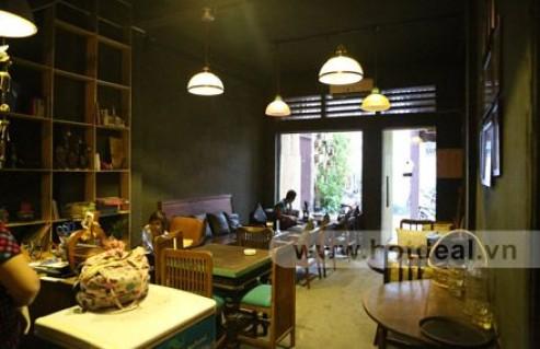 Tận Hưởng Không Gian Café Lãng Mạn, Hoài Cổ Với Những Thức Uống Thơm Ngon, Độc Đáo Tại Cliché Café. Voucher 90.000 VNĐ, Còn 45.000 VNĐ, Giảm 50%.