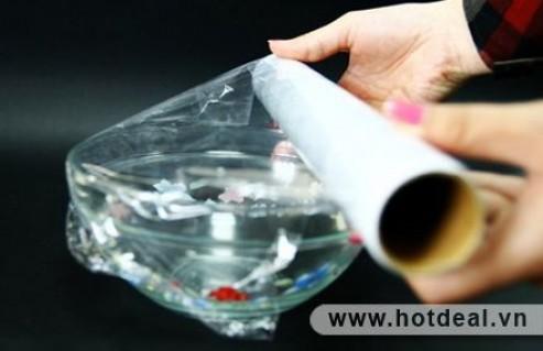 Màng Bọc Thực Phẩm Thái Lan - Chất Liệu Nhựa Polyvinyl Chloride Cao Cấp – Giúp Bảo Quản Thực Phẩm Tươi Lâu Và An Toàn Hơn, Sử Dụng Được Cho Tủ Lạnh Và Lò Vi Sóng. Sản Phẩm Trị Giá 155.000Đ Giảm 40% Chỉ Còn 93.000Đ Tại