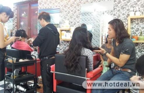 Hô Biến Mái Tóc Đẹp Chào Năm Mới Với 1 Trong 3 Dịch Vụ Làm Tóc Tại H & K Salon. Voucher 800.000Đ Chỉ Còn 145.000Đ. Giảm 82%