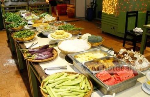 Thỏa Sức Thưởng Thức Bữa Tối Thơm Ngon, Nhiều Dinh Dưỡng Với Buffet Tối 50 Món Tại Nhà Hàng Hương Đồng. Voucher 240.000 VNĐ, Còn 128.000 VNĐ, Giảm 47%.