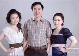Hot Deal - Luu Giu Nhung Khoanh Khac Yeu Thuong Tuyet Dep Cung Ban Be Va Nguoi Than Voi Goi Chup Anh Tai Ely Studio. Voucher 470.000D Chi Con 165.000D. Giam 65% Tai Hotdeal