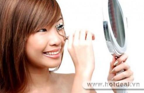 Khuôn Mặt Thêm Xinh Với Ánh Nhìn Quyến Rũ Cùng Combo 1 Mascara + 1 Dụng Cụ Bấm Mi. Sản Phẩm Trị Giá 100.000Đ Chỉ Còn 59.000Đ. Giảm 41%