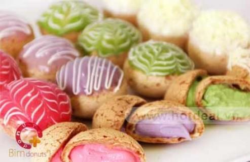 Thưởng Thức 12 Bánh Su Kem Loại Medium Thơm Ngon, Hấp Dẫn Tại Cửa Hàng Bim Donut. Voucher 120.000 VNĐ, Còn 72.000 VNĐ, Giảm 40%.