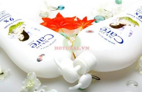 Sở Hữu Làn Da Sáng Đẹp, Mịn Màng Với Combo 2 Sữa Tắm Dê Skin Care 9X - Chiết Xuất Tự Nhiên, Hương Thơm Dịu Nhẹ. Giá 170.000 VNĐ, Còn 85.000 VNĐ, Giảm 50%.