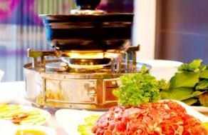 Thưởng Thức Món Bò Nhúng Ớt Paprika Kiểu Úc độc đáo chưa từng có dành cho 2 Người tại Nhà Hàng BBQ Spices. Voucher 185.000 VNĐ, Còn 89.000 VNĐ, Giảm 52%.