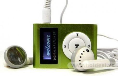 Máy Nghe Nhạc MP3 Có Màn Hình – Thiết Kế Nhỏ Gọn, Màu Sắc Thời Trang – Cho Bạn Những Phút Giây Tận Hưởng Âm Nhạc Tuyệt Vời. Giá 230.000 VNĐ, Còn 115.000 VNĐ, Giảm 50%.